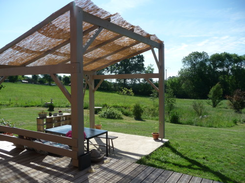 pergola fait maison ma pergola. Black Bedroom Furniture Sets. Home Design Ideas
