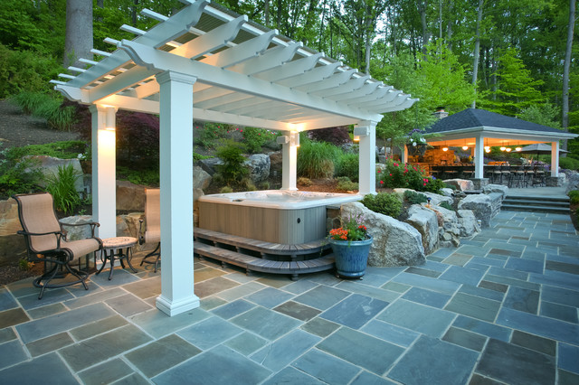photo pergola jacuzzi