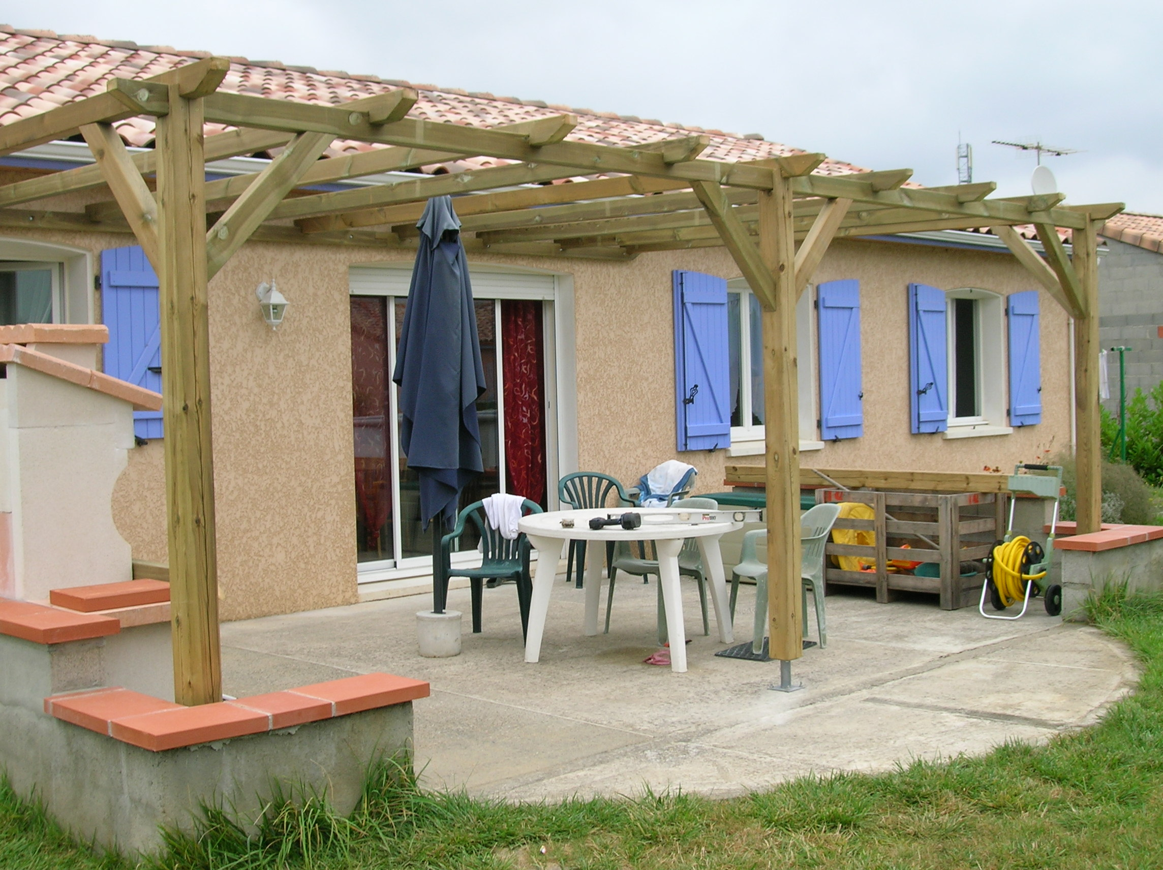 Pergola quel bois ma pergola for Photo pergola bois