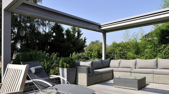 image pergola retractable