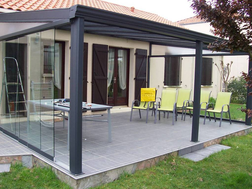 pergola toit en verre totale sur la toiture en verre with. Black Bedroom Furniture Sets. Home Design Ideas